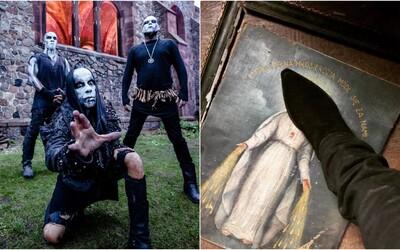 Frontman metalové skupiny Behemoth dostal v Polsku pokutu 86 tisíc korun za urážku náboženství. Šlapal po obrázku Panny Marie