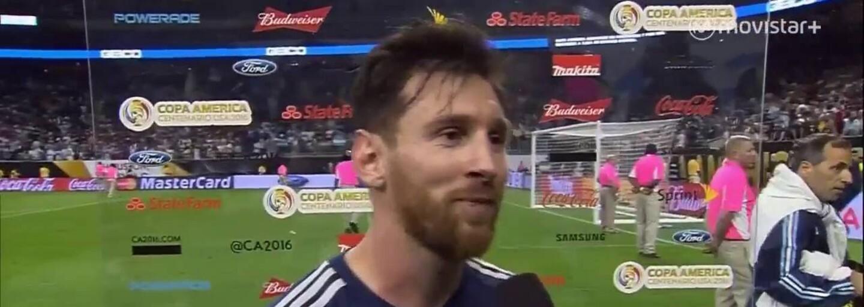Frustrovaný Ronaldo hodil reportérovi mikrofón rovno do jazera. Messi si však užíva dokonalý turnaj Copa América