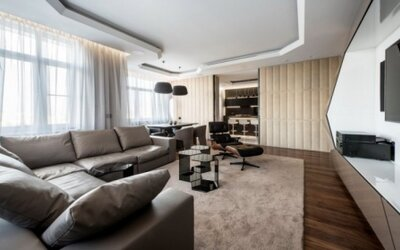 Futuristický apartmán plný geometrických tvarov v Moskve