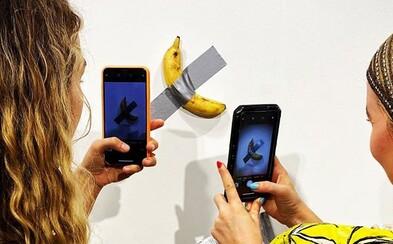 Galéria predáva banány prilepené páskou za 120-tisíc dolárov. Keď zhnijú, máš smolu