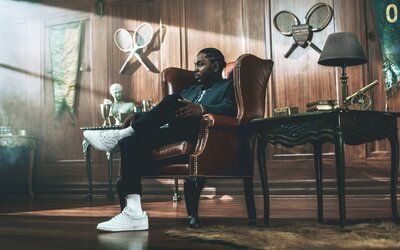 Gigi Hadid a Kendrick Lamar sa spoliehajú na kultové tenisky Club C z dielne Reeboku