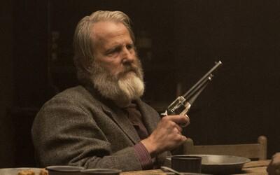 Godless - netradičný westernový seriál, v ktorom vás postavy a dialógy potešia viac ako krvavé prestrelky bezcitných surovcov (Recenzia)