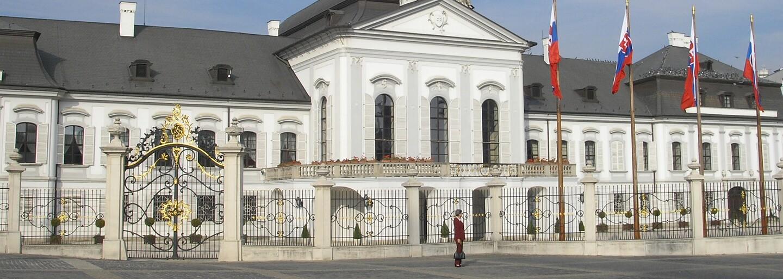 Gogo zviezol prezidenta Kisku vo svojom novom tátošovi. Nášho štátnika zaujímalo aj to, ako sa zmieriť s hejtermi