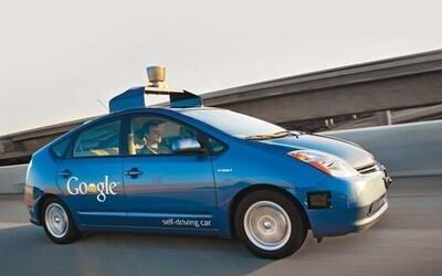 Google má technológiu, ktorá pri nehode prilepí zrazeného človeka na kapotu auta