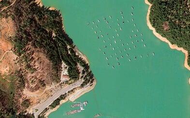 Google vybral nejkrásnější satelitní snímky z celého světa. 1500 nejlepších fotografií si můžeš zdarma stáhnout i ty