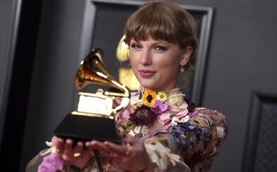 Grammy ovládly zpěvačky Taylor Swift a Billie Eilish i raperka Megan Thee Stallion. Toto je přehled nominací a vítězů