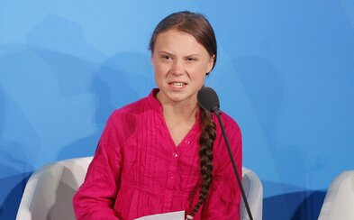 Greta Thunberg so slzami v očiach kritizovala lídrov v OSN: Ukradli ste mi moje detstvo a sny!