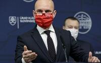 Gröhling chce dať zaočkovať vysokoškolských učiteľov