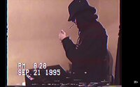 Gumbgu sa približuje definícii rapu z deväťdesiatych rokov v najnovšom videoklipe