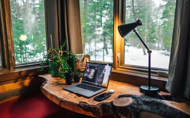 Hackni domácu izoláciu: Účinné rady, vďaka ktorým sa ti bude z domu dobre pracovať či študovať