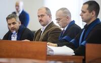 Hádka v súdnej sieni. Marian Kotleba sa dostal do sporu so sudkyňou po tom, čo znalec vyhlásil, že 1488 je prejav extrémizmu