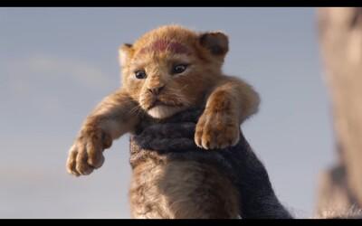 Hakuna Matata! Leví kráľ ohlasuje svoj príchod ukážkou so Simbom plnou nostalgie a nezabudnuteľných scén
