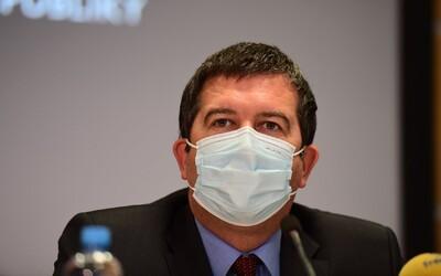 Hamáček má koronavirus