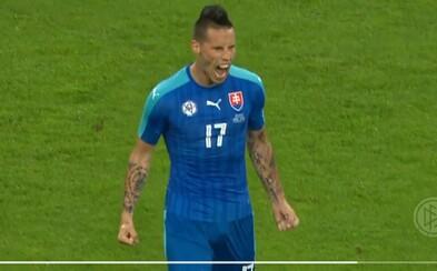 Hamšíkova paráda a Ďurišova hlavička znamenajú, že Slovensko vyhráva po polčase nad majstrami sveta!