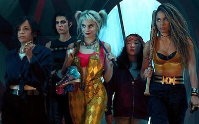 Harley Quinn mučí chlapov so živými hyenami. Komiksovka Birds of Prey v traileri odhaľuje silné ženské hrdinky DC