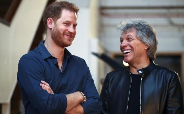 Harry a Bon Jovi za spoločným mikrofónom: Nahrávajú spolu pieseň?