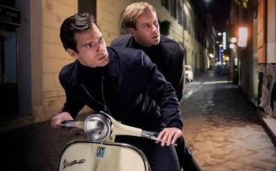 Henry Cavill sa spája s KGB aby oddialil atómovú vojnu v zábavnom traileri
