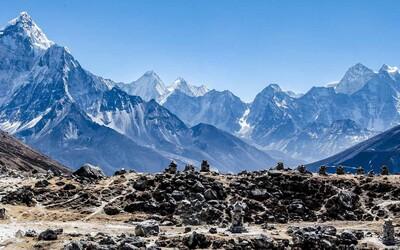 Himálaj taje a vypouští toxické pesticidy, které se v přírodě nikdy nerozloží