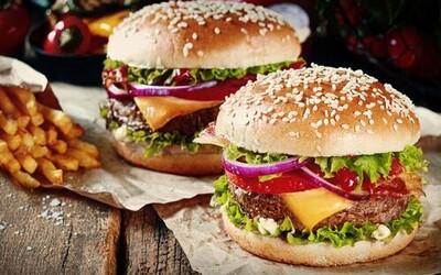 Historie hamburgeru aneb jak němečtí imigranti přivezli oblíbený sendvič do Ameriky