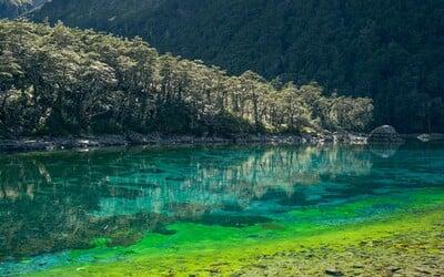 Hladina plná křišťálu: Tohle je to nejčistší jezero na světě