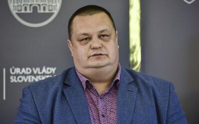 Hlavný hygienik Ján Mikas je v karanténe, stretol sa s pozitívne testovaným na Covid-19
