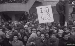 Hokejová pomsta za okupaci: Po porážce SSSR vyšlo do ulic Prahy 150 tisíc lidí