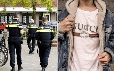 Holandská polícia dostala právo vyzliecť ťa na ulici z luxusného oblečenia