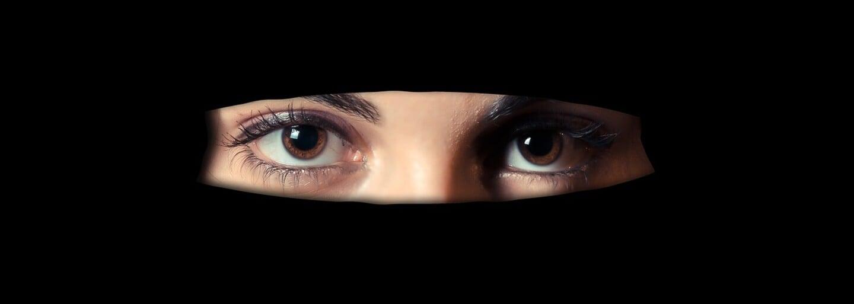 Holandsko definitívne zakázalo zahaľovanie tváre na verejnosti. Zákon sa vzťahuje najmä na moslimské burky a nikáby