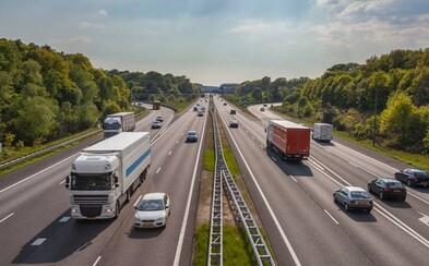Nizozemsko je první evropskou zemí, která sníží povolenou rychlost na dálnici