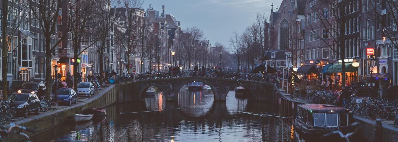 Holandsko plánuje zaviesť špeciálny koronavírusový pas. Ľudia vďaka nemu budú môcť ísť na koncerty či do kina