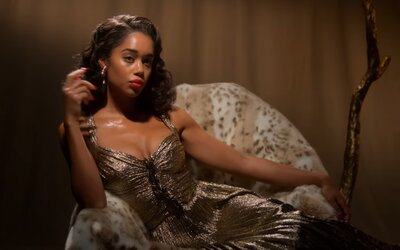Hollywood bude tvá nová seriálová závislost na Netflixu. Jak by vypadala zlatá éra Hollywoodu, kdyby nebylo rasismu a sexismu?