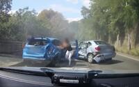 Honička v Praze skončila nehodou. 18krát trestaný muž v ukradeném autě pod vlivem drog nereagoval na výzvy policie