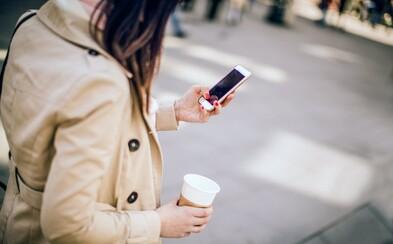 Honolulu zakázalo posílání zpráv ze smartphonu při chůzi po ulici. Ročně kvůli tomu zemřou tisíce lidí