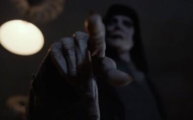 Horor Bye Bye Man vás presvedčí, že zdrojom všetkého zla môže byť aj človek
