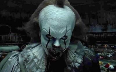 Horor It za úvodný víkend zničil kiná, zarobil 180 miliónov a získal 12 finančných rekordov (Box Office)