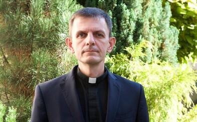 Hovorca biskupov Kramara: Ak odborníci odporučia vakcínu proti Covidu-19, cirkev ju podporí (Rozhovor)