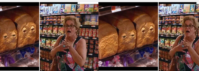 Hovoriace potraviny vydesili nič netušiacich nakupujúcich. Seth Rogen propaguje Buchty a klobásy vtipným žartíkom