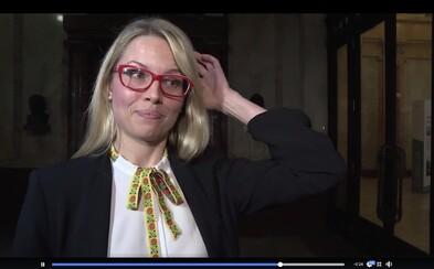 Hovorkyňa ministerstva kultúry si urobila hanbu pred celým Slovenskom. Nevedela odpovedať na otázky k téme, ktorú iniciovala