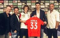 Hráč Slavie jde za 310 milionů korun do Moskvy. Je druhým nejdražším českým fotbalistou, který míří do zahraničí