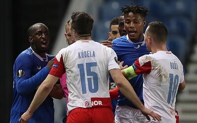 """Hráče Slavie po zápase zbili pěstmi do obličeje. """"Řekl jsem mu You're f*cking guy,"""" brání se Kúdela proti nařčením z rasismu"""