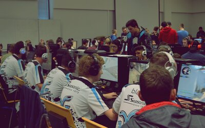 Hrávaš LoL, Counter Strike alebo FIFU? Slovenské e-sport turnaje Y-Games sú tu potom práve pre teba