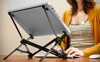 Hrbíte sa pri notebooku a trápi vás krčná chrbtica? Šikovný stojan to vyrieši
