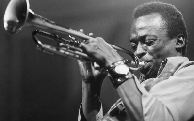 Hudobné legendy 20. storočia - Miles Davis, dychový virtuóz