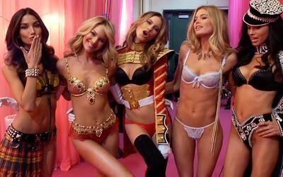 Hudobní vystupujúci na prehliadke Victoria's Secret Fashion Show 2014 sú odhalení