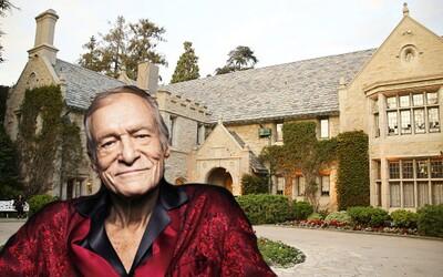 Hugh Hefner nakonec prodal svoji Playboy vilu. Dostane za ni méně, než předpokládal, ale může v ní dožít