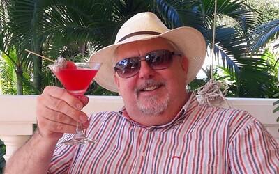 Humorista Oliver Andrásy je pre koronavírus uväznený na výletnej lodi. Sme zajatcami, je to vážne, tvrdí
