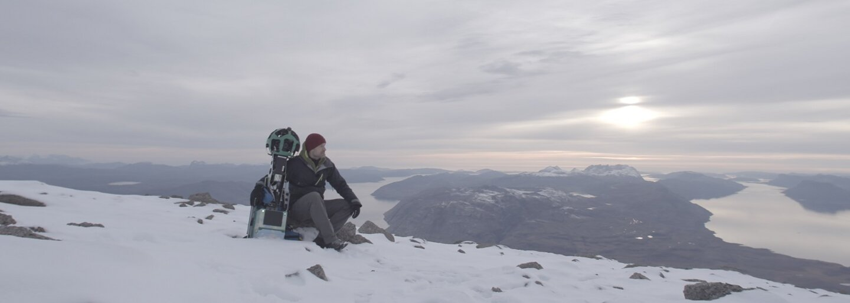 Hvězda seriálu Hra o trůny mapuje nádherné Grónsko pro projekt Street View