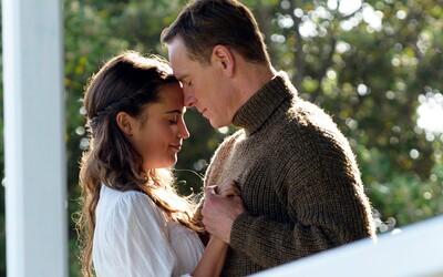 Hviezda série X-Men Michael Fassbender a novodobá Lara Croft alias oscarová Alicia Vikander si povedali svoje áno. Blahoželáme!