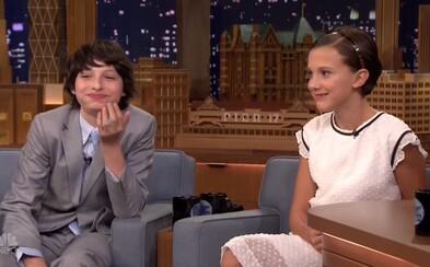 Hviezda Stranger Things, sympatická Eleven, predviedla v šou Jimmyho Fallona svoje rapové schopnosti