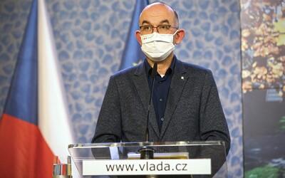 Hygienik jako diktátor: Mohl by zavírat školy i obchody